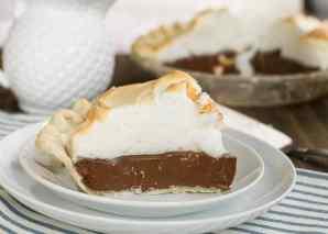 chocolate-meringue-pie-20