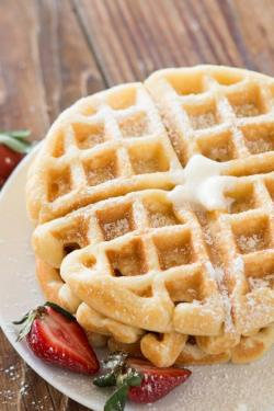 perfect-buttermilk-waffle-recipe-ohsweetbasil.com-2K